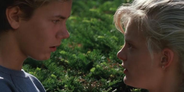 『旅立ちの時』リバー・フェニックスが演じる感動の青春映画